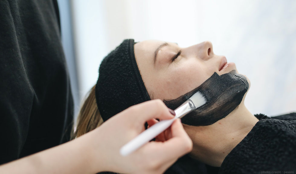 Join a Top Beauty School in Glasgow to Become an Expert Therapist