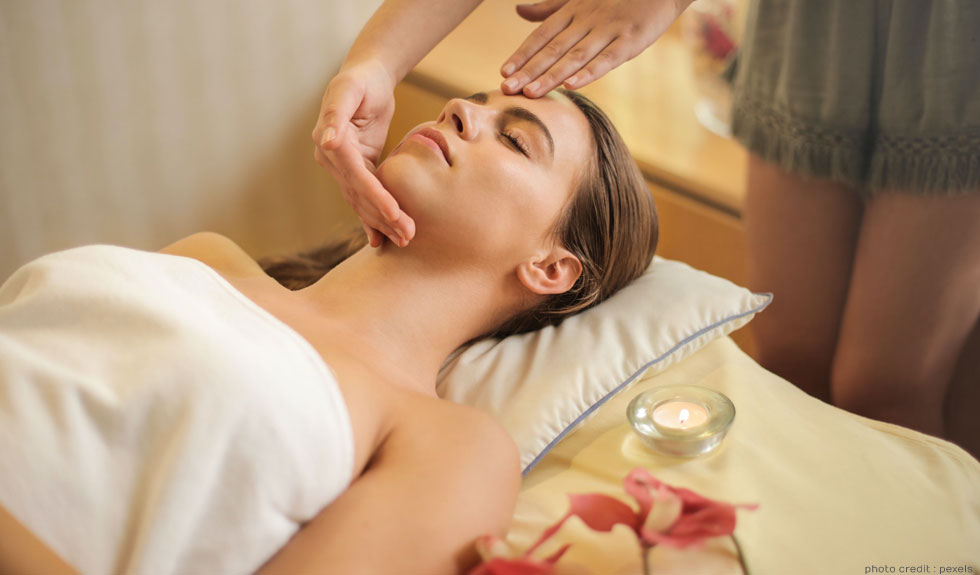 Here is Why You Should Take Up Complete Spa Therapist Course